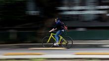 En busca de distancia social, el ciclismo se multiplica por la ciudad más grande de Norteamérica