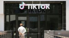 Judge prepares ruling after hearing on Trump TikTok download ban
