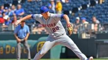 Brad Brach exercises option to stay with Mets for 2021
