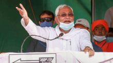 Battle for Bihar: Covid, Migrant Crisis Give Ammo to Young Guns Tejashwi and Chirag to Take Aim at Nitish