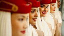 阿聯酋航空請空姐 規定要塗鮮紅色唇膏?