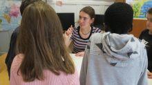 Puteaux : des sujets de Sa Majesté aident les écoliers à apprendre l'anglais