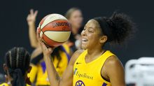 Candace Parker wins WNBA Defensive Player of Year, gets endearing surprise by Chelsea Gray