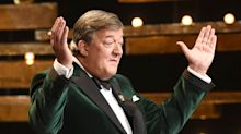 BAFTA Brings Back Stephen Fry as Awards Host Despite 'Bag Lady' Controversy