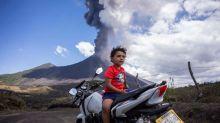 Vulkan in Guatemala speit wieder Glut und Asche