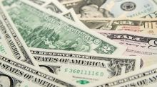 Dollar Indecisive Between Growth and Risk