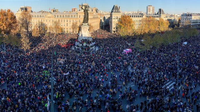 """Loi """"sécurité globale"""" : 133 000 manifestants en France selon le ministère de l'Intérieur, 500 000 selon les organisateurs"""