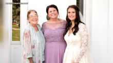 Bride wears 3rd-generation wedding dress for a lucky marriage like her grandmother, mother