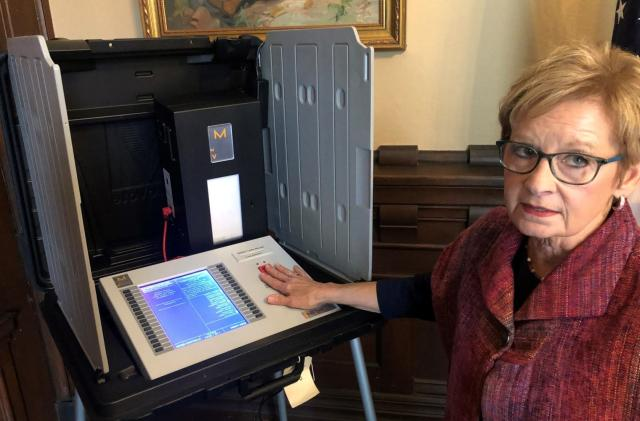 Researchers easily breached voting machines for the 2020 election
