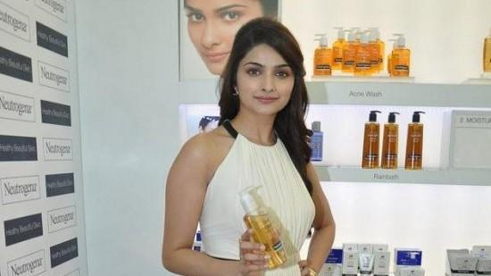 Prachi Desai's Beauty Secrets Revealed!