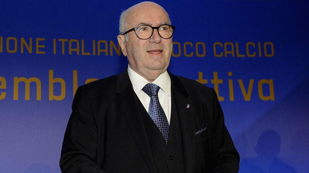 """Tavecchio boccia il calcio italiano: """"Stadi sotto la media europea"""""""