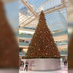 95-foot-tall indoor Christmas tree proves that everything is bigger in Texas