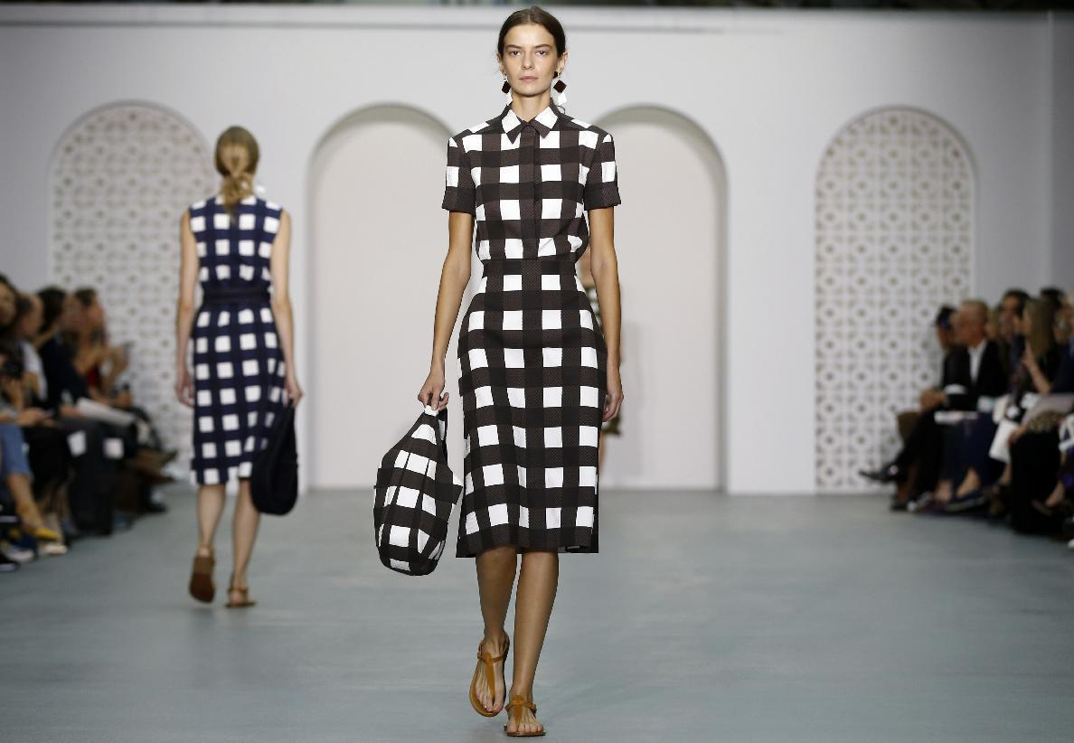 Eu Britain London Fashion Week Watch Yahoo News London News Newslocker