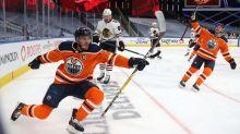 McDavid Game 2 hat trick helps Oilers tie series with Blackhawks
