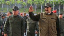 Maduro manda que prendam 'qualquer traidor' entre militares