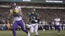 Vikings break out a new curling TD celebration for NFC title game