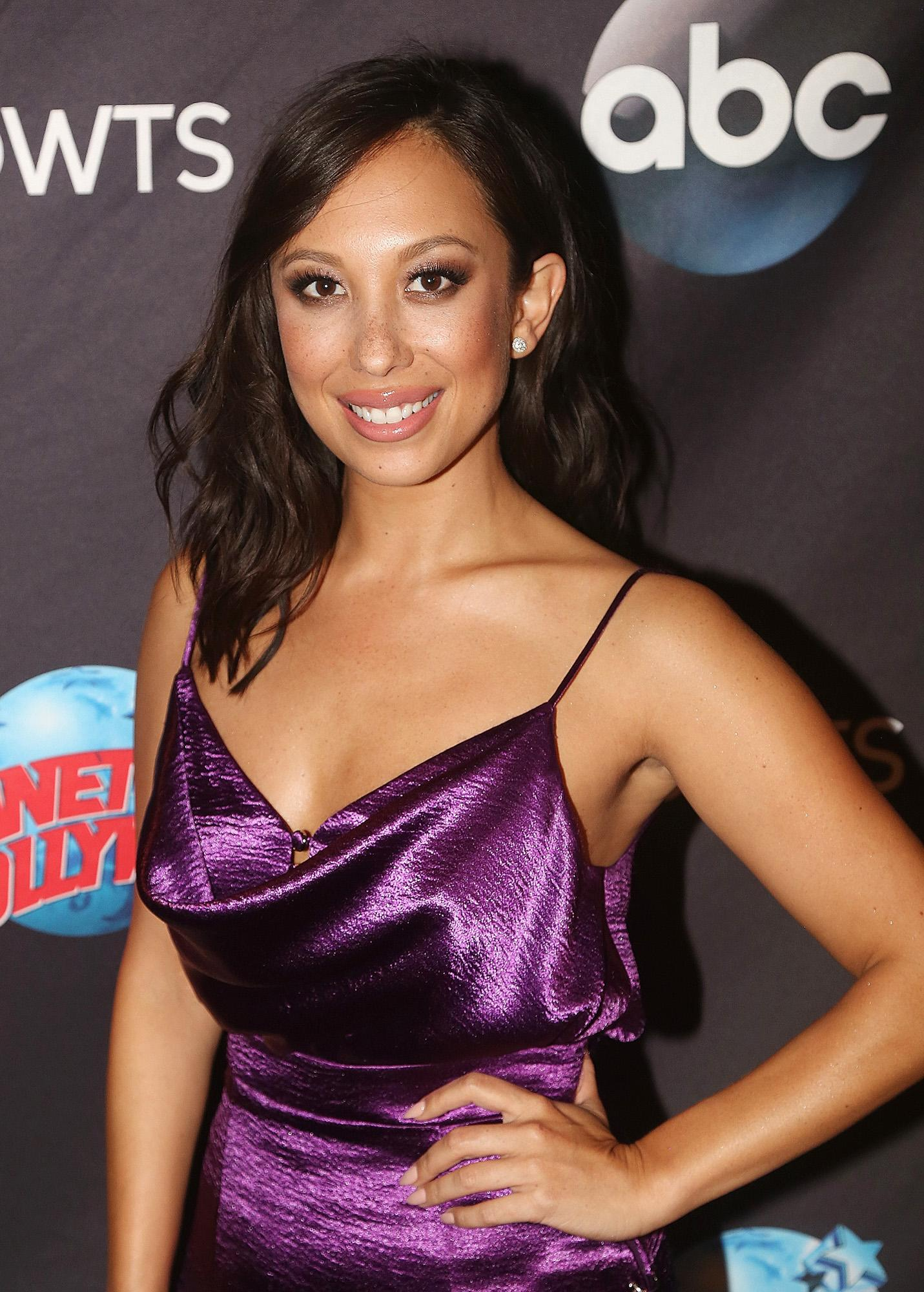 Uu U 2018 >> Cheryl Burke Quits Social Media: 'I'm Dealing with Some Personal Things Right Now'