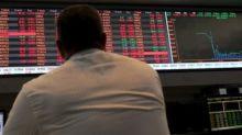 Bovespa recua em sessão com balanços, sem tirar política do radar; Cielo cai quase 8%