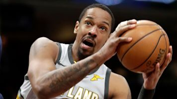 Sources: Frye agrees to one-year deal with Cavs