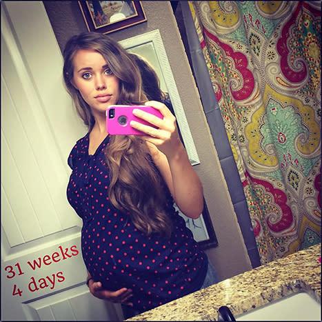 Pregnant Jessa Duggar Proudly Cradles Growing Baby Bump: