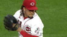 Luis Castillo strikes out 10