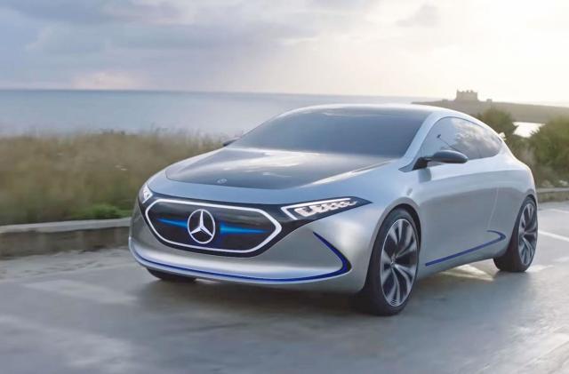Mercedes-Benz flaunts its all-electric compact EQA concept