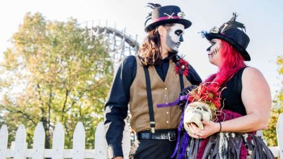 13 couples tie the knot in haunted Friday the 13th wedding
