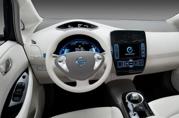 Windows Embedded Automotive hits version 7, powers Nissan Leaf, takes MyFord global
