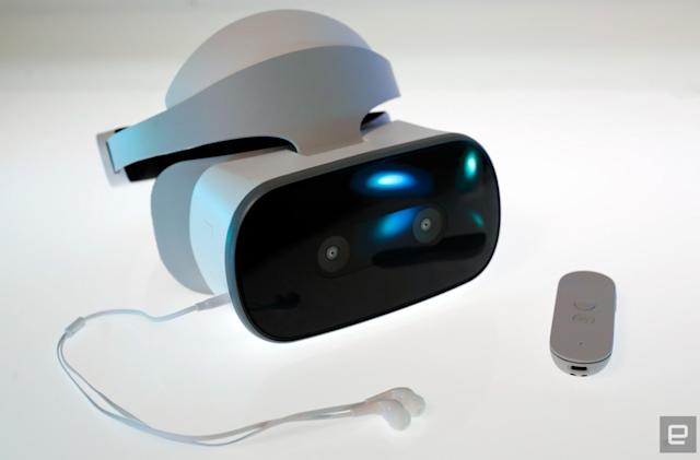 Lenovo agrees license with Sony after practically copying PSVR design