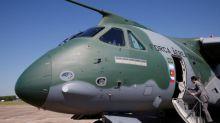 Embraer diz ser prematuro antecipar termos de possível joint venture com Boeing para cargueiro militar