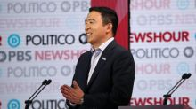 Andrew Yang Criticizes Cable Network News: 'Americans Around the Country Know Different'
