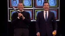 A-Rod fouls out with his new bat on 'The Tonight Show'