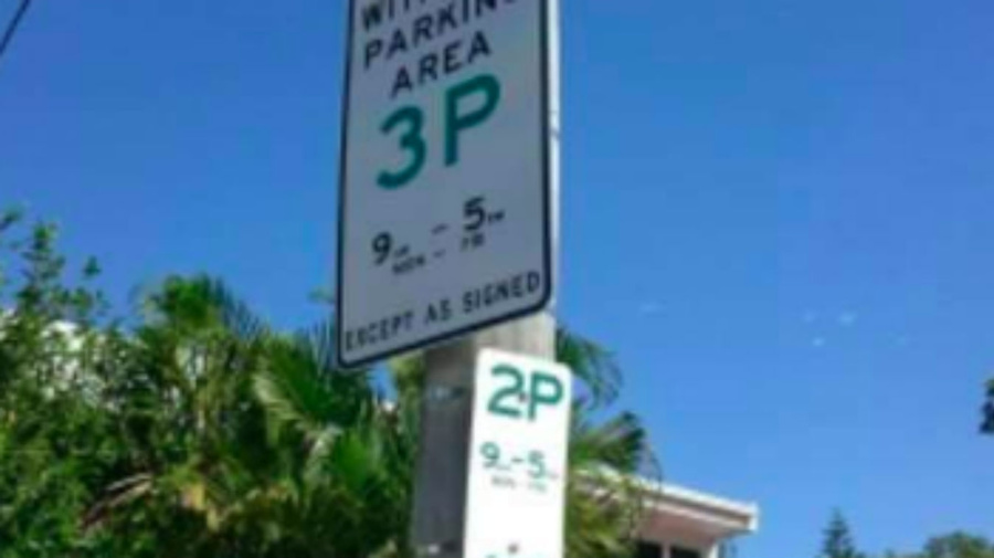 Residents baffled by confusing parking signs