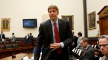 Cordray resigns from U.S. consumer agency, triggers political showdown
