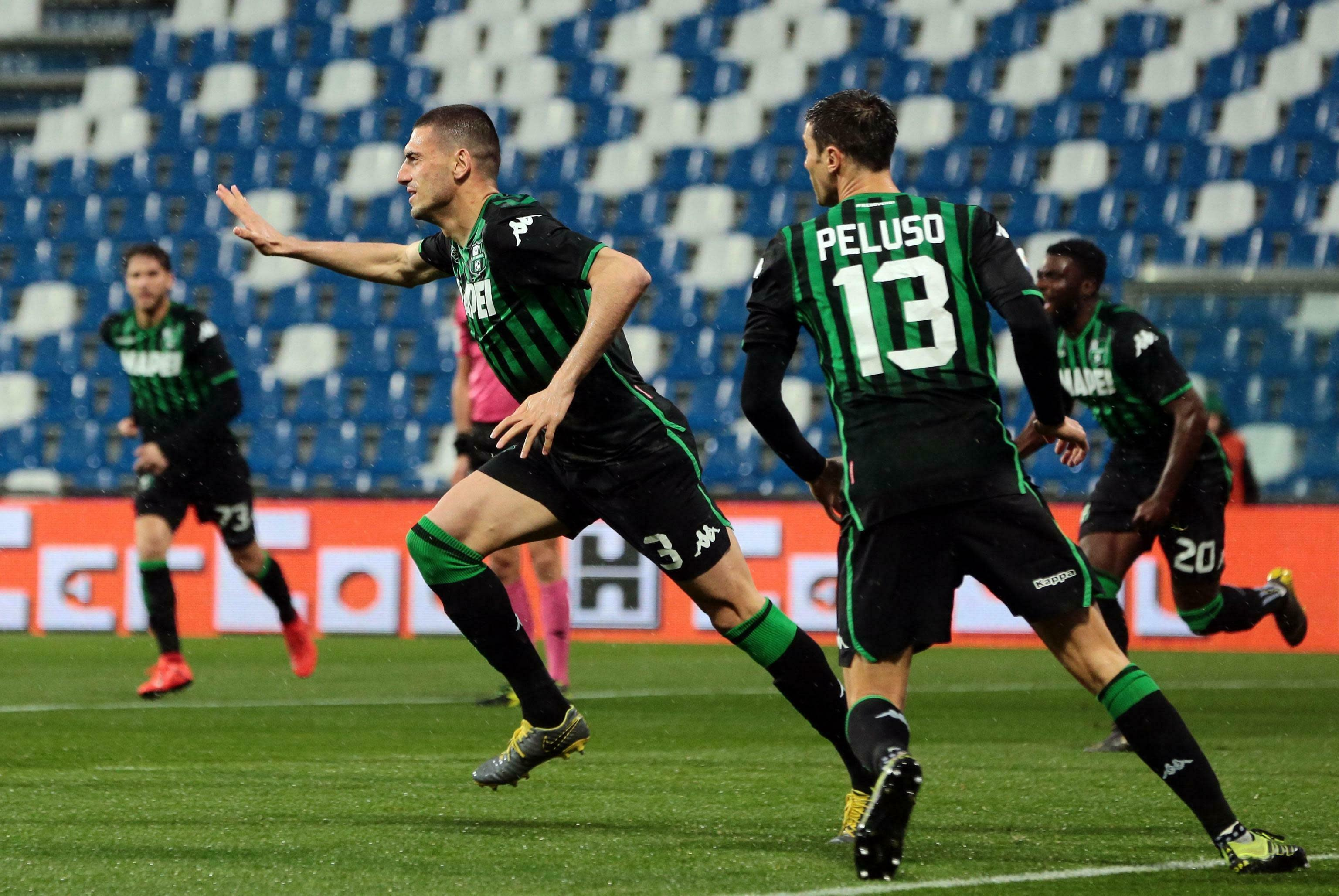 Atalanta wins to close in on Champions League places
