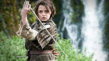 """Brincadeira ou realidade? Maise Williams """"revela"""" morte de personagem importante em 'Game of Thrones'"""