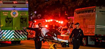 Miami building collapses: 1 dead, several injured
