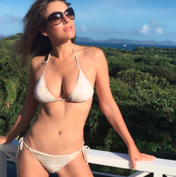 6a45acc11fb Elizabeth Hurley, 52, shows off stunning figure in bikini [Video]