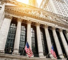 Dow Jones Rises Over 400 Points While Tech Stocks Sell Off; Treasury Yields Near Recent Highs