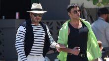 Transformado Ricky Martin como el amante de Versace