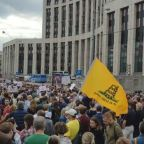 Thousands Rally in Moscow For Disqualified Opposition City-Council Candidates