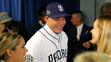Will Padres fans fall in love with Manny Machado?