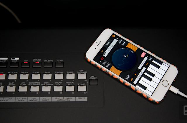 Yamaha's MX88 synth turns your iPhone into a real instrument