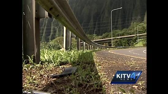 Girl, 16, dies after Kaneohe freeway crash
