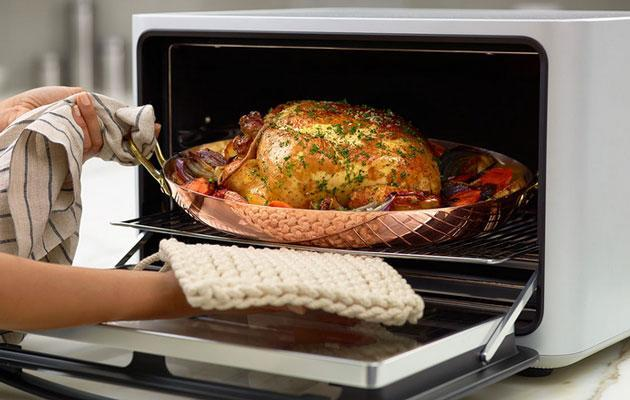 A $1,495 toaster oven takes the guesswork out of cooking