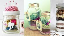 18 Gifts In A Jar, Perfect For Giving When You're Broke