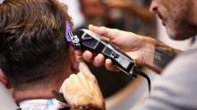 Un homme a reçu 150 000$ de compensation après avoir subi un « AVC de salon de coiffure »