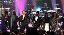 Lionel Richie MusiCares Tribute Features Epic Speech, Epic Dave Grohl Serenade