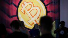 Bitcoin struggles to bounce back as cryptos continue to decline