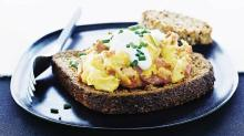 The Key to Super Creamy Scrambled Eggs: Cook Them Slowly